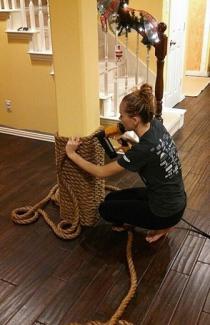 Пробивание льняным канатом и декорирование дома